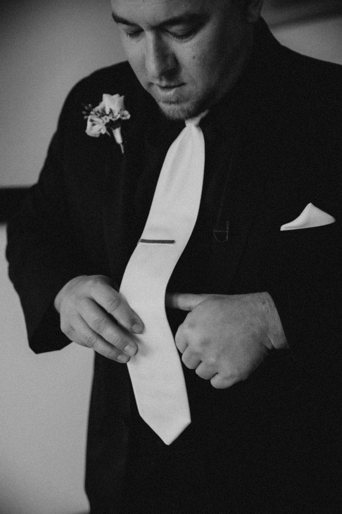 paseo groom