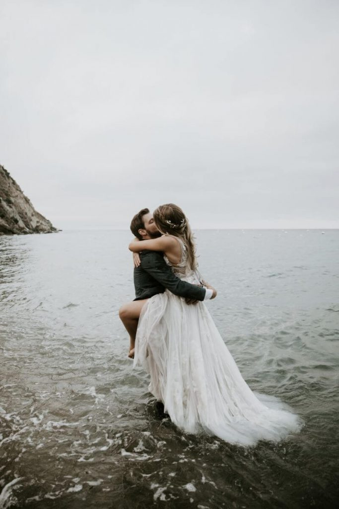 wedding photos in water