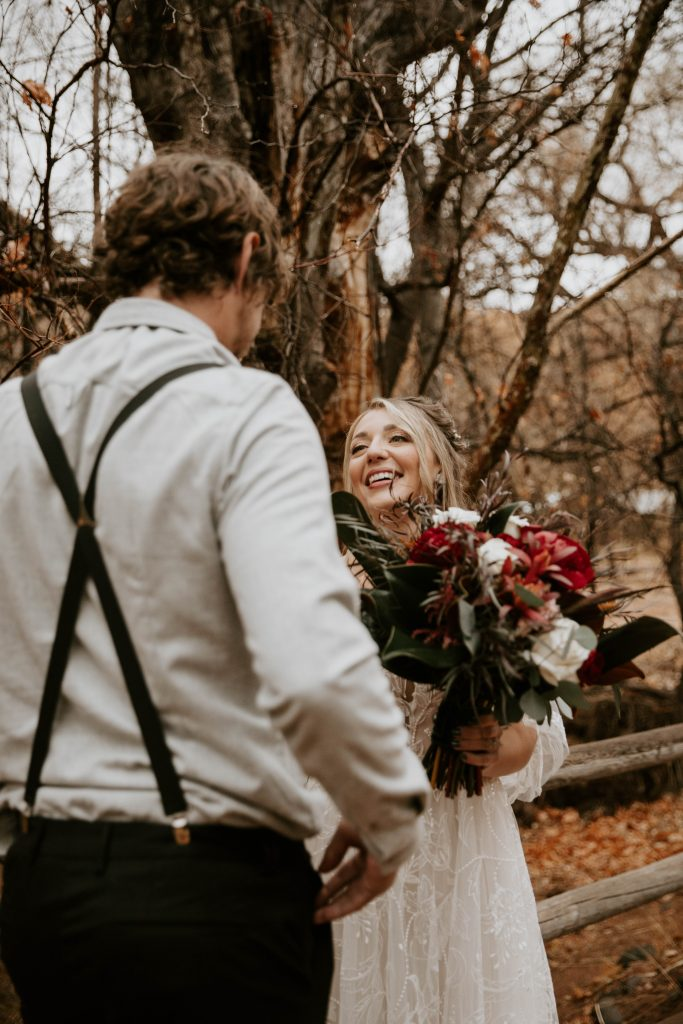 eloping in sedona creek